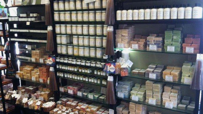 store-soapwall