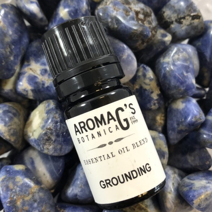 grounding essential oil blend